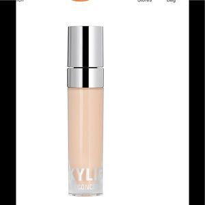 NWT Kylie Cosmetics Skin Concealer